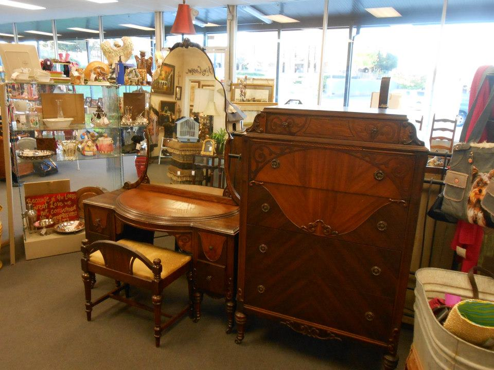 Charmant Accepting Antiques In Brandon MS. By Forget Me Nots In Antiques,  Consignments, Furniture